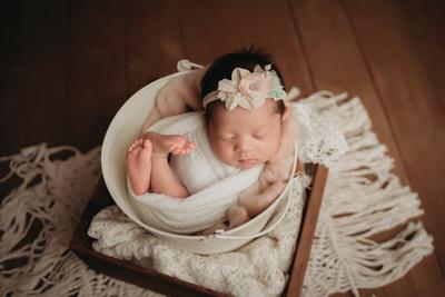 Katy-Newborn-Photographer-Boho-Sessoin
